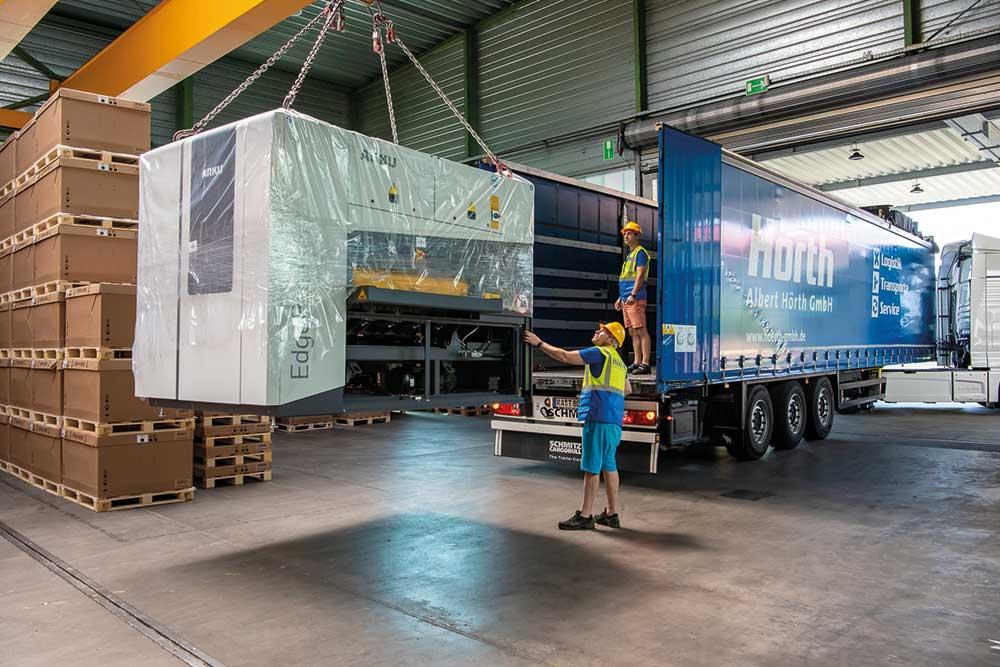 Deckenlastkran - Logistik Dienstleistungen Hörth GmbH